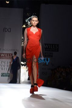 Amit Aggarwal  Designs In WIFW model ramp walk