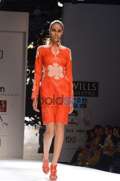 Ankur & Priyanka Modi Designs Day2 show