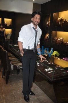 Badshah Shahrukh Khan at Lista jewellery showroom launch