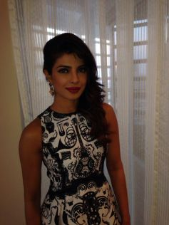Beautiful Priyanka Chopra Krrish 3 film promotion at Dubai