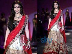 Madhuri Dixit in The Bengali Bride Dress