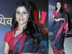 Konkona Sen Sharma in Black and Red On Durga Puja
