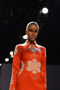 Beutiful Deisgns by Ankur & Priyanka Modi at WIFW