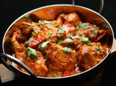 Chicken With Kala Masala