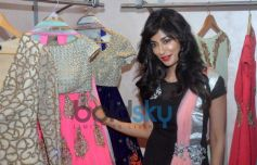 Chitrangda Singh cheks out costume at store