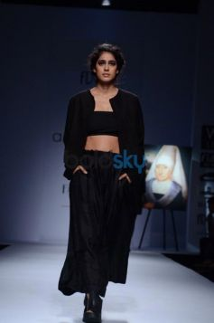 Day 2 of Wills India Fashion Week model in beautiful black  dress