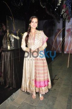 Dia Mirza looking beautiful at jewellery launch Events