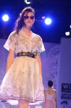 Geisha Designs by Paras & Shalini designs ramp walk