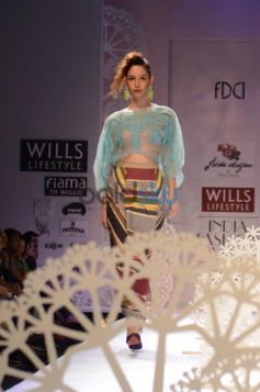 Geisha Designs by Paras & Shalini model walk
