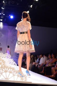 Geisha Designs by Paras & Shalini models walk ramp