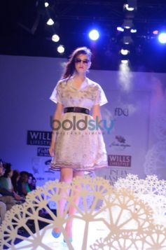 Geisha Designs by Paras & Shalini new fashion outfit