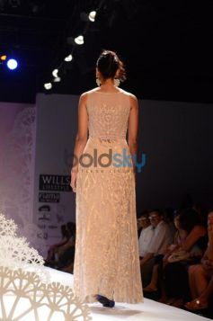 Geisha Designs by Paras & Shalini ramp walk 2013