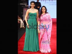 Hema Malini: Dream Girl's Bubblegum Pink Saree
