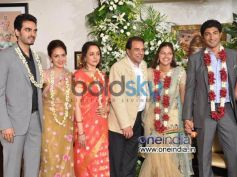 Hema Malini: Dream Girl's with family