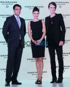 Jacqueline Fernandez at Foremark jewellery by Gareth Pugh