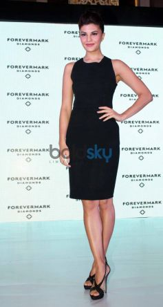 Jacqueline Fernandez in beautiful black dress at Foremark jewellery event