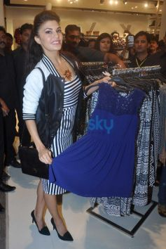 Jacqueline Fernandez at launche Forever 21 Events