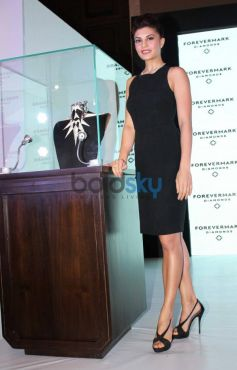 Jacqueline Fernandez posing to camrea Foremark jewellery by Gareth Pugh