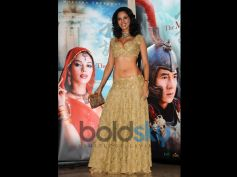 Mallika Sherawat Birthday Special beautiful costume