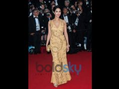 Mallika Sherawat Birthday Special golden dress