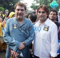 Bollywood Senior Stars at Max Bupa Walk for Health