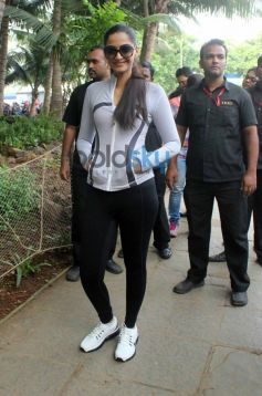 Sonam Kapoor in Sport dress Max Bupa Walk for Health Event