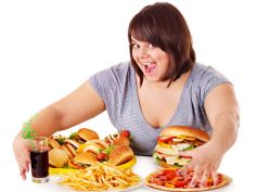 Mistakes That Do Not Lead To Weight Loss Eating Unhealthy Food