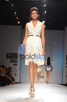 Model in beautiful costume Pankaj & Nidhi Designer Collection Day2 WIFW
