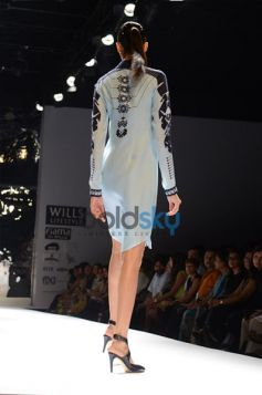 Model in Black and blue dress Ankur & Priyanka Modi Designs Day2 WIFW