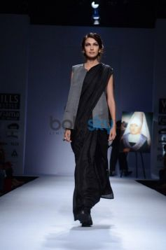 model walking ramp on Day 2 of Wills India Fashion Week