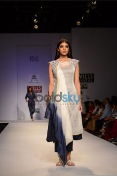 Model walks ramp in Pratima Pandey Collection For WIFW 2013