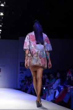Nachiket Barve Day 1 WIFW SS 2014 models ramp