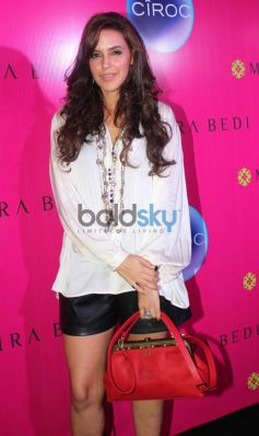 Neha Dhupia at launches newi store