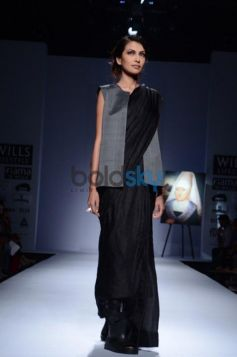 New designers costume Day 2 of Wills India Fashion Week