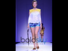 Nida Mahmood Day 1 WIFW 2014 Model ramp walk