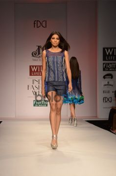 Niket & Jainee Collection Day3 WIFW model ramp walk