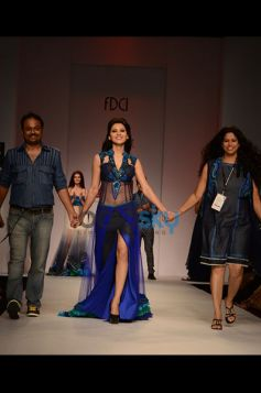 Niket & Jainee walking ramp with model