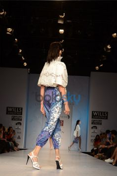 Pankaj & Nidhi Designer Collection Day2 WIFW_3