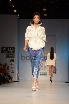 Pankaj & Nidhi Designer Collection Day2 WIFW_4