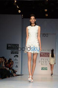 Pankaj & Nidhi Designer Collection Day2 WIFW_8