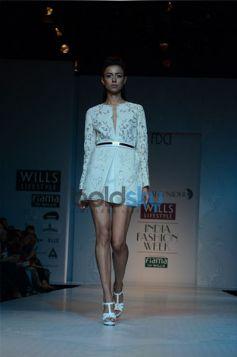 Pankaj & Nidhi Designer Collection Day2 WIFW_10