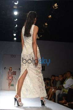 Pankaj & Nidhi Designer Collection Day2 WIFW_11