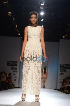 Pankaj & Nidhi Designer Collection Day2 WIFW_12