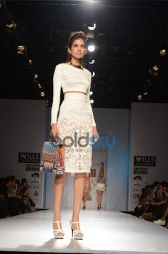 Pankaj & Nidhi Designer Collection Day2 WIFW New outfit