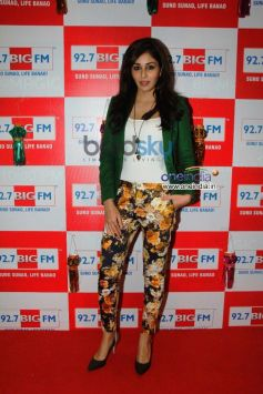 Pooja Chopra celebrates Diwali at BIG FM event