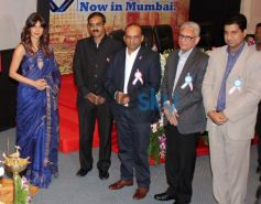 Priyanka Chopra with Healthcare Global Enterprises Cancer Centre Guest