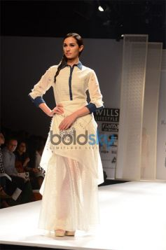 Rahul Mishra Collection Day2 WIFW nice outfit