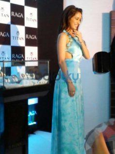 Shardha Kapoor launch Sonakshi Raj at Titan Ragas new collection launch