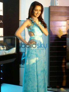 Shardha Kapoor posing in Sonakshi Raj at Titan Ragas new collection launch