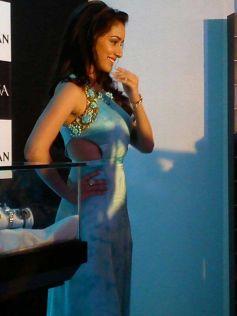 Shardha Kapoor smilling to camera Sonakshi Raj at Titan Ragas new collection launch